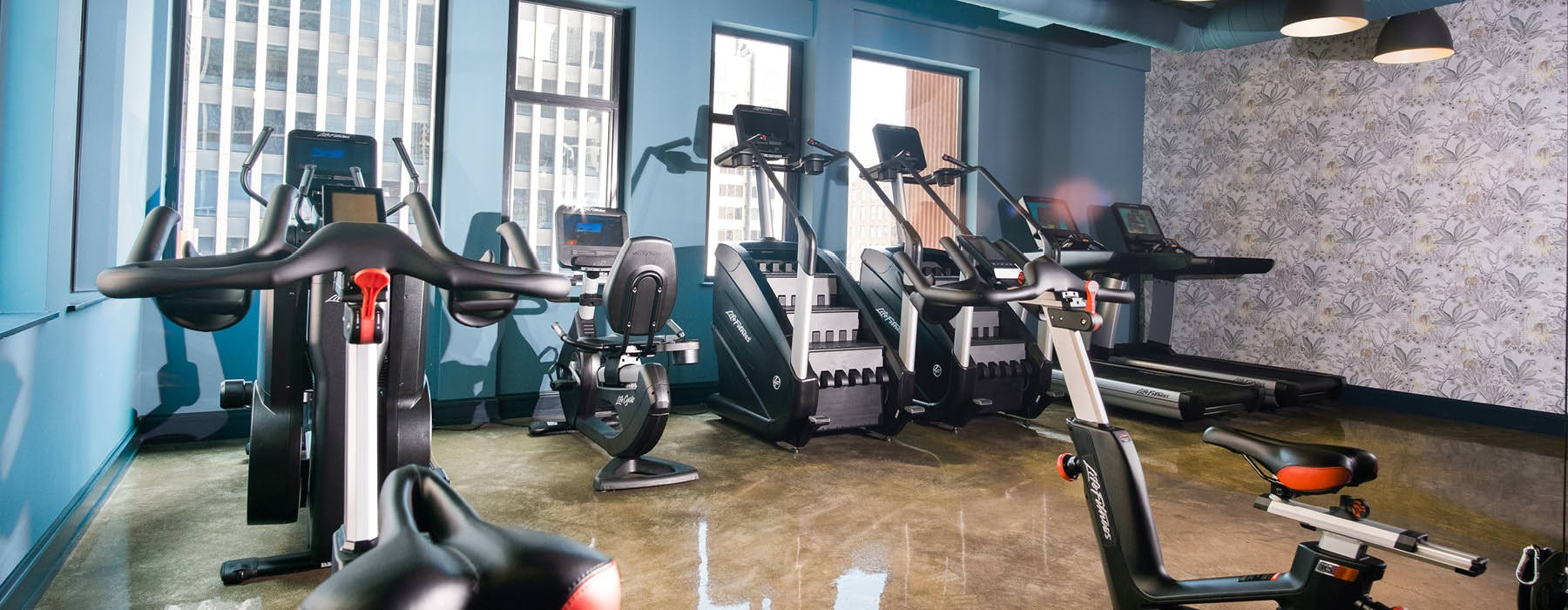 fitness center with ample lighting